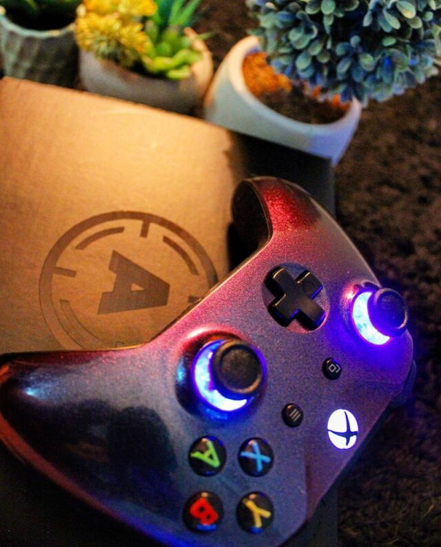 🌿✨ What games are you currently playing?✨🌿 ——————————————————————————— 🌻 Hey Gamers! 🎮 How are you little cuties doing today? 🤗 Sending you guys lots of love and positivity! ✨💗 Check out my new custom controller from aimcontrollers! 🎮 It has LED buttons, Chameleon skin, and black bubble gripping on the back. 👀😍 They have a lot of variety! If your looking for a custom controller. 🎮✨ Check out aimcontrollers! 👌🏼As always nothing but love for my Tribe. ☺️✌🏼 ——————————————————————————— 👆🏼🎮 Follow my Twitch and become part of the Tribe. Links in the bio! 🎮👆🏼 ——————————————————————————— #aimcontrollers #xboxcontroller #customcontroller #gamingcontroller #xbox #xboxone #xboxonex #xboxseriesx #xbox360 #xboxgaming #xboxgames #xboxgamer #instagamer #instagaming #gamestagram #videogames #xboxgirl #girlswhogame #gamergirl #girlgamer #stkrbomb #stickers #gameroom ##gamingcommunity #xboxcommunity #streamer #twitch #twitchstreamer #supportsmallstreamers