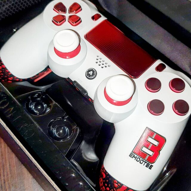 Wow. I actually cannot believe this is mine! My very own custom aimcontrollers controller! Complete with my gaming logo.  ____________________ ____________________  Could not be happier with how this has turned out and considering it was custom built it came in really good time too! Big shout out to my pops for this absolute masterpiece! ____________________ ____________________  Testing it out tonight live on stream at 6.30pm! Link in bio! ____________________ ____________________  #gaming #gamer #controller #controllergang #pcgamer #twitch #stream #streamer #Affiliate #warzone #codclips #aimcontrollers #aim #stillgrowing #supportsmallstreamers #smallstreamer